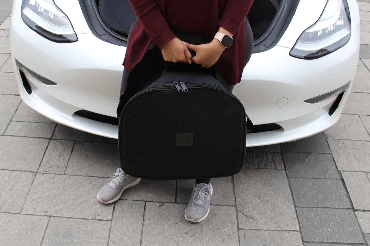 Model 3 luggage bag easy to carry
