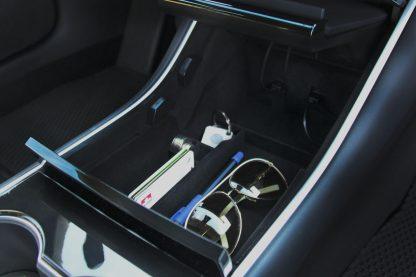 Model 3 Console Organizer Use 1